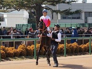 """""""東のユタカ""""1年3カ月ぶり復帰と北村宏司の落馬。騎手が背負うもの。"""