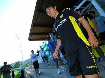 <成功する移籍の4条件> 欧州のクラブは日本人のどこを見ているのか。<Number Web> photograph by Takuya Sugiyama
