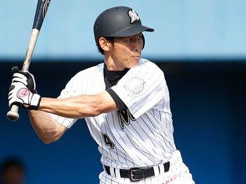 ロッテを「足」で勝たせる男。荻野貴司という異能の新人とは?<Number Web> photograph by Tamon Matsuzono
