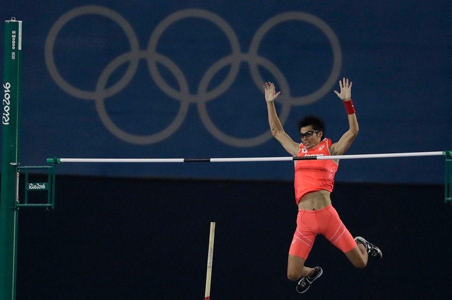 8年ぶりの五輪で棒高跳び7位入賞。澤野大地35歳、今も貫く不屈の心。<Number Web> photograph by AP/AFLO