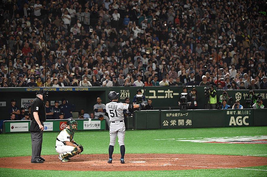イチローの「惜しい記録」って何だ。データで総ざらい、2019年の野球。<Number Web> photograph by Naoya Sanuki