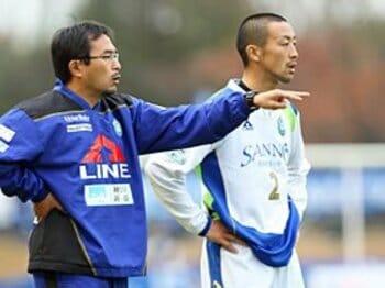 Jリーグであえて「格差」を楽しむ。~ピッチ外の社会的テーマに注目~<Number Web> photograph by Shigeki Yamamoto