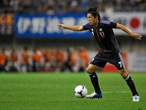 """「ポスト遠藤」と日本サッカーの未来。""""最後の黄金世代""""を越えて行け!"""