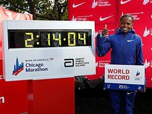 女子マラソンの世界記録が大幅更新。ラドクリフも市民ランナーも祝福。