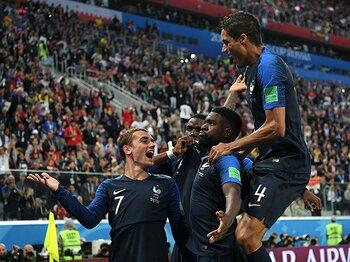 ベルギーの猛攻を守りきり決勝へ。フランスがついに手にした一体感。<Number Web> photograph by Getty Images