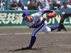吉田輝星はストレートだけじゃない。横浜を倒した駆け引きと変化球。