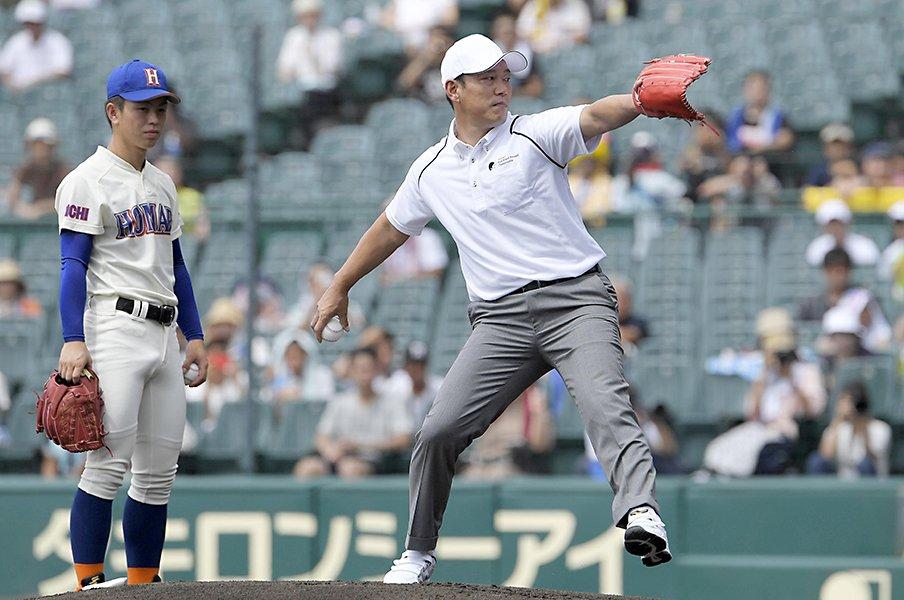 """甲子園にも""""コールドゲーム""""がある。井端弘和が「負けた」相手は……。<Number Web> photograph by Kyodo News"""