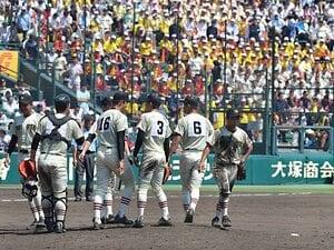 甲子園以外の球場が使われた甲子園。堀内恒夫は3回戦まで全て西宮球場。