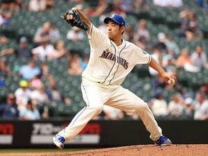"""菊池雄星の成長を感じるポイントは「軸足」MLBデビュー戦のダルビッシュを思い出した""""修正する勇気""""とは?"""