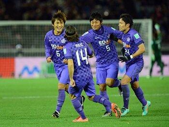 """難解なJの順位予想。ポイントは""""ちょい足し""""。~広島の優勝を例に考える~<Number Web> photograph by AFLO"""
