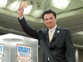 2012年ドラフト会議を徹底検証。阪神の上手い指名を初めて見た!<Number Web> photograph by Kyodo News