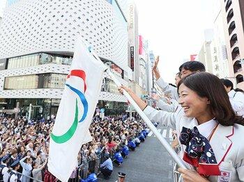 パラ五輪マラソン銀を呼び込んだ縁。道下美里と支援者たちの幸せな関係。<Number Web> photograph by AFLO