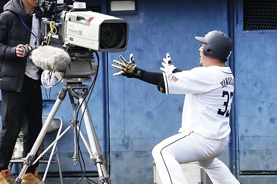 「打点王も獲りたかったんですよ」ライオンズには山川穂高がいる!<Number Web> photograph by Kyodo News