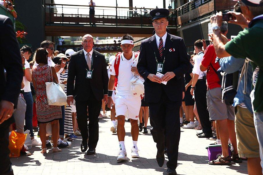 ウィンブルドン初戦辛勝の錦織圭。コートで悪魔になれなかった理由。<Number Web> photograph by Getty Images