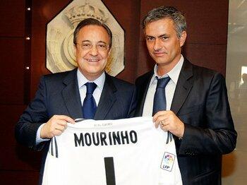 モウリーニョの新天地とレアルの改造。~スペクタクルからリアリズムへ~<Number Web> photograph by Real Madrid via Getty Images