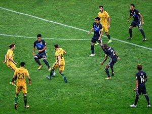 """オーストラリアをハメた""""前プレ""""。福西崇史が見た快勝劇と伸びしろ。"""