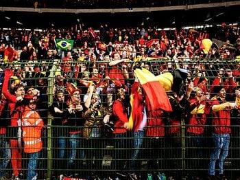 <欧州蹴球紀行・赤い悪魔を訪ねて> ベルギー ~サッカーと僕たちの幸福な関係~<Number Web> photograph by Atsushi Kondo