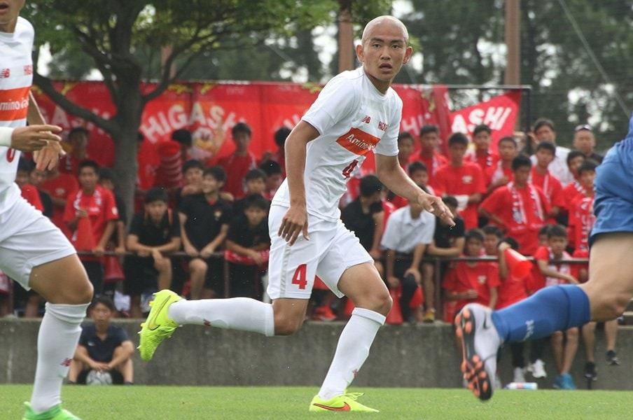 プロ注目の高校サッカーの逸材達。プロ入りと大学進学で揺れる心も……。<Number Web> photograph by Takahito Ando