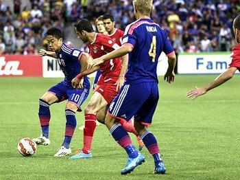 福西崇史が見る、UAE戦での課題。「選手を入れ替える勇気を持てるか」<Number Web> photograph by Takuya Sugiyama