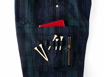 """オジさんゴルファーを""""足長オジさん""""に変身させるパンツ。<Number Web> photograph by Nanae Suzuki"""
