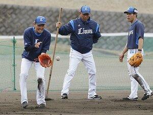 源田が人を育て、山川が技術を誇示。西武キャンプは呆れるほどの充実度。