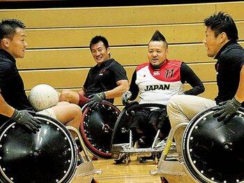 トップ選手の激励を受けたウィルチェアー日本代表。~車いすラグビーの魅力をトップリーガーが語る~<Number Web> photograph by Nobuhiko Otomo
