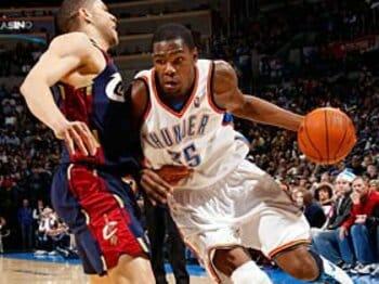 外見と中身のギャップが21歳デュラントの魅力。~NBAサンダーの大注目FW~<Number Web> photograph by NBAE/Getty Images