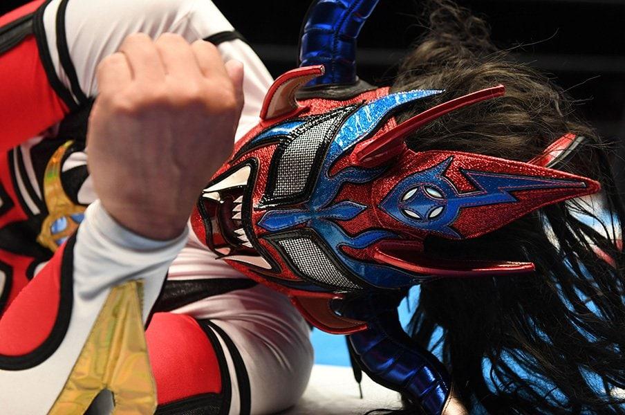 獣神サンダー・ライガー28年目の決断。引退覚悟! スーパーJr.との別れ。<Number Web> photograph by Essei Hara