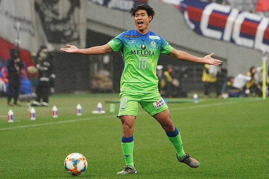 勝てば残留、負ければプレーオフ。それでも湘南がピリつかない理由。<Number Web> photograph by Getty Images