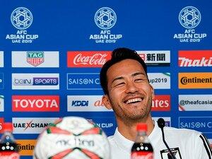 新キャプテン・吉田麻也の存在感。「僕は長谷部誠にはなれない」