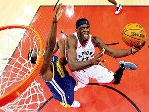 キャリア3年目の成長株シアカム。亡き父の存在が原動力に。~NBAファイナル初戦で32点~