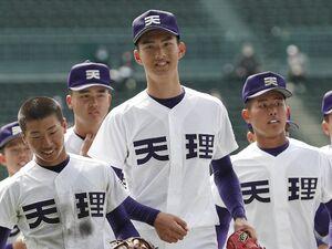 【センバツ】なぜ令和の高校球児は「球速にこだわらない」? 193cm天理・達孝太の理想は「回転数がいい」シャーザー