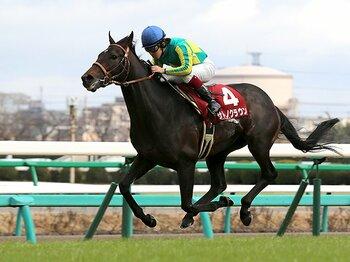 無敗の弥生賞馬サトノクラウンの衝撃。クラシックで起きる「西高東低」逆転。<Number Web> photograph by Yuji Takahashi