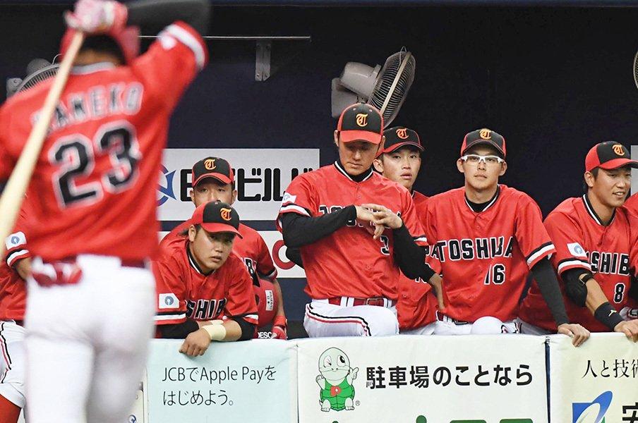 もし東芝が野球部を閉じていたら……。社会人に進む学生数はプロの4倍!<Number Web> photograph by Kyodo News