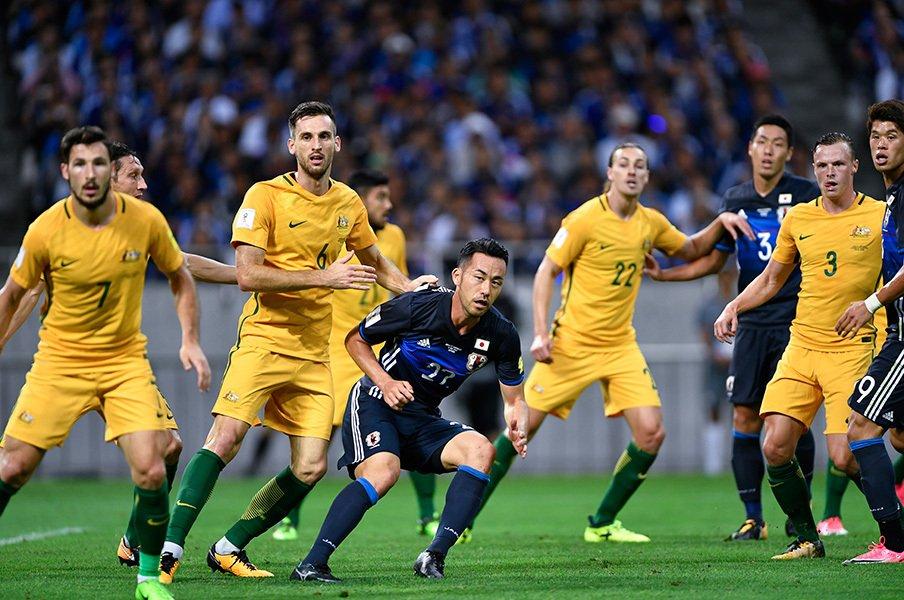 オーストラリア代表、なぜ弱体化?移民、育成制度、リーグの堕落……。<Number Web> photograph by Takuya Sugiyama