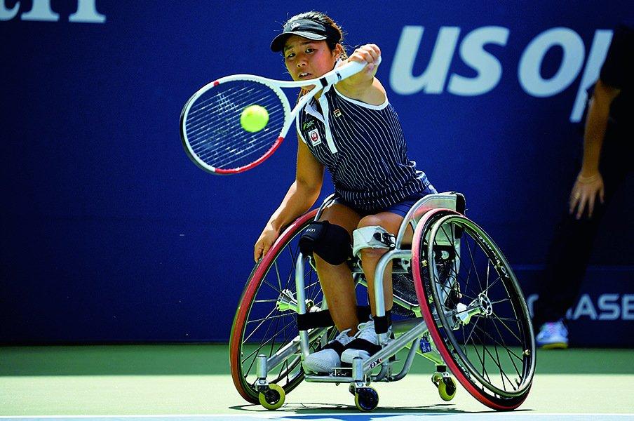 パラリンピック開幕まで1年。前女王、上地結衣の新スタイル。~車いすテニスのライバル関係~<Number Web> photograph by Getty Images