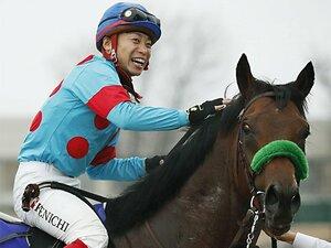 ドバイと重なってもGI馬が8頭。大阪杯の肝は「サンデーとの距離」?