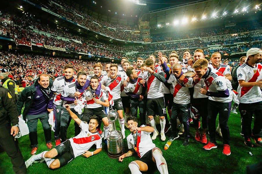 クラブW杯南米代表を巡るゴタゴタ。アルゼンチンサッカーの闇が深すぎる。<Number Web> photograph by UNIPHOTO PRESS
