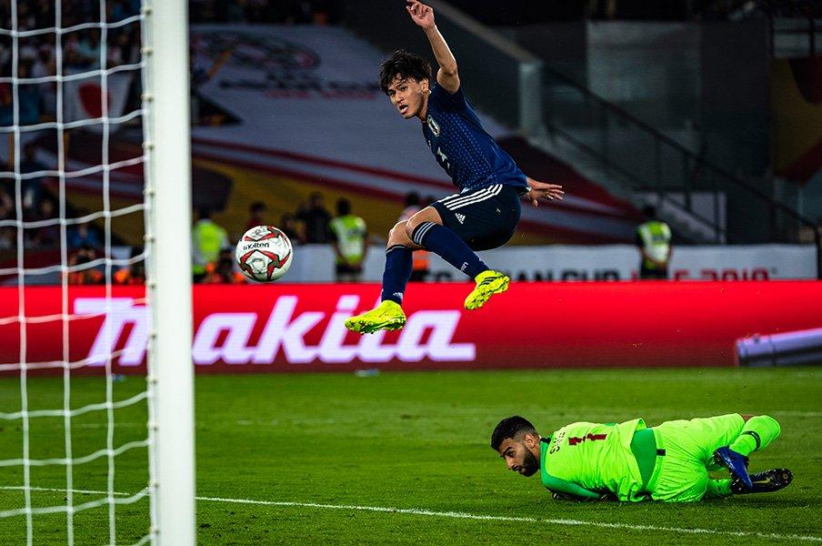 南野拓実ならアジア杯での批判も、反骨心に変えられる。その根拠。<Number Web> photograph by Takuya Sugiyama