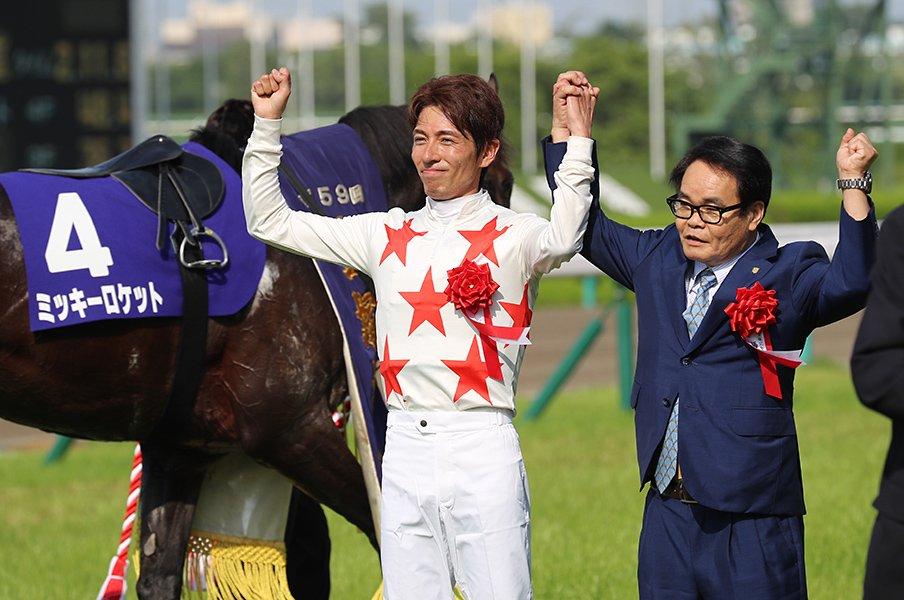 オペラオー以来、17年ぶりのGI勝利。宝塚記念は和田竜二を大きくする。<Number Web> photograph by Yuji Takahashi