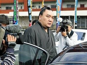 横綱日馬富士の酒席暴行事件、揺れる一年納めの九州場所。~相撲界はこの問題をどう収拾するのだろうか~