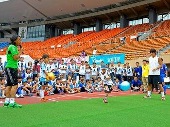 未来の日本代表はサッカーを科学する?~バナナシュートはなぜ曲がるのか~<Number Web> photograph by Toshiya Kondo