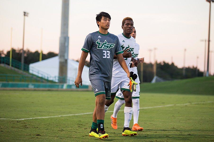 サッカーで米留学する日本人が増加。文武両道はアメリカでこそ成立する。<Number Web> photograph by University of South Florida