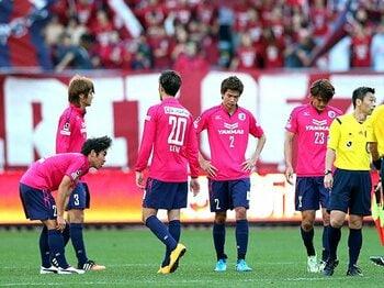 抗えば抗うほどに悪化した「流れ」。J2降格のC大阪にビジョンはあったか。<Number Web> photograph by NIKKAN SPORTS