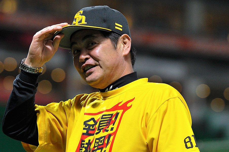 """""""そこまでやるか!?""""SB工藤野球。痛恨のダブルプレーすら戦略の内。<Number Web> photograph by Nanae Suzuki"""
