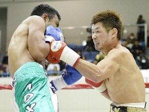 長谷川穂積、2ダウンから壮絶勝利。辰吉丈一郎と重なる傷だらけの姿。