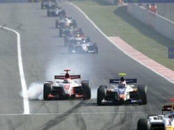 F1への登竜門 GP2を見る楽しみ。<Number Web> photograph by Mamoru Atsuta(CHRONO GRAPHICS)