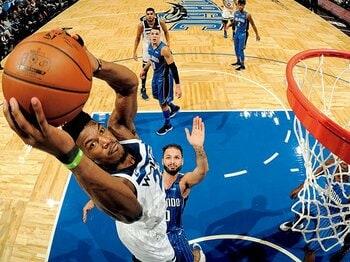 ウルブズを進化させたリーダー、バトラーの牽引力と勝負強さ。~13歳で家から追い出され、NBAに辿りついた男~<Number Web> photograph by Getty Images