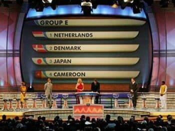奥大介によるW杯グループ詳細解説。「3つの国との戦い方を語ろう」<Number Web> photograph by 2010 FIFA World Cup Organising Committee South Africa/AFLO