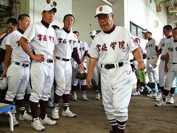 <常識を超え続けた60年> 常総学院 「木内幸男、名将最後の哄笑」<Number Web> photograph by Shigeki Yamamoto